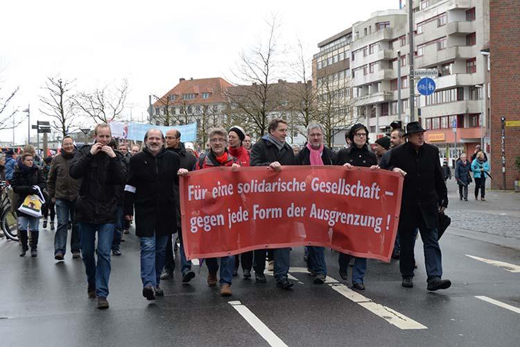 Rund 3000 Menschen zogen durch Oldenburg. Damit setzten sie ein Zeichen gegen Ausgrenzung.