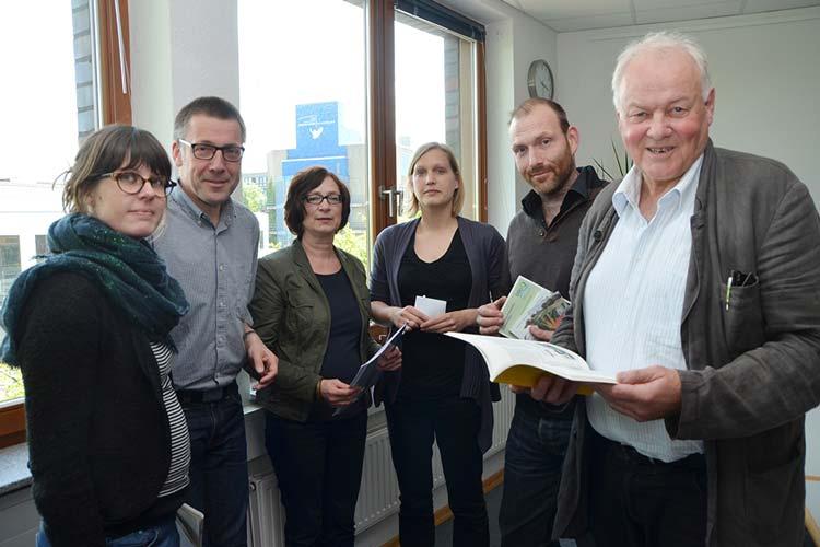 Stellten das Forschungsprojekt nascent in Oldenburg vor: Dr. Christine Lenz, Niko Paech, Irene Antoni-Komar, Marion Akamp, Tobias Hartkemeyer und Reinhard Pfriem.